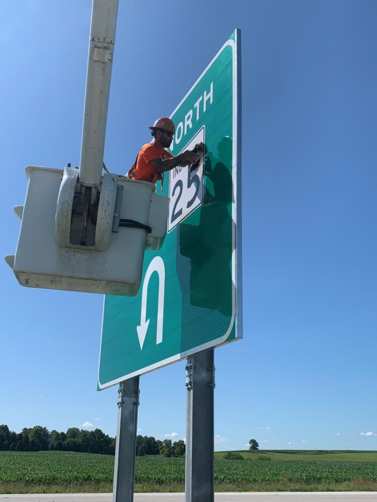 US 25 Delphi Sign Project